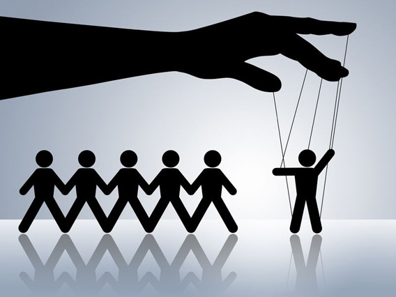 manipulative-behavior